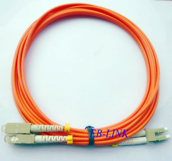 100 metros LC / PC - SC / pc, 3.0 mm diamètre, Om2 Multimode 50/125, Duplex, Lc à SC Fiber optique Jumper Patch Cord câble