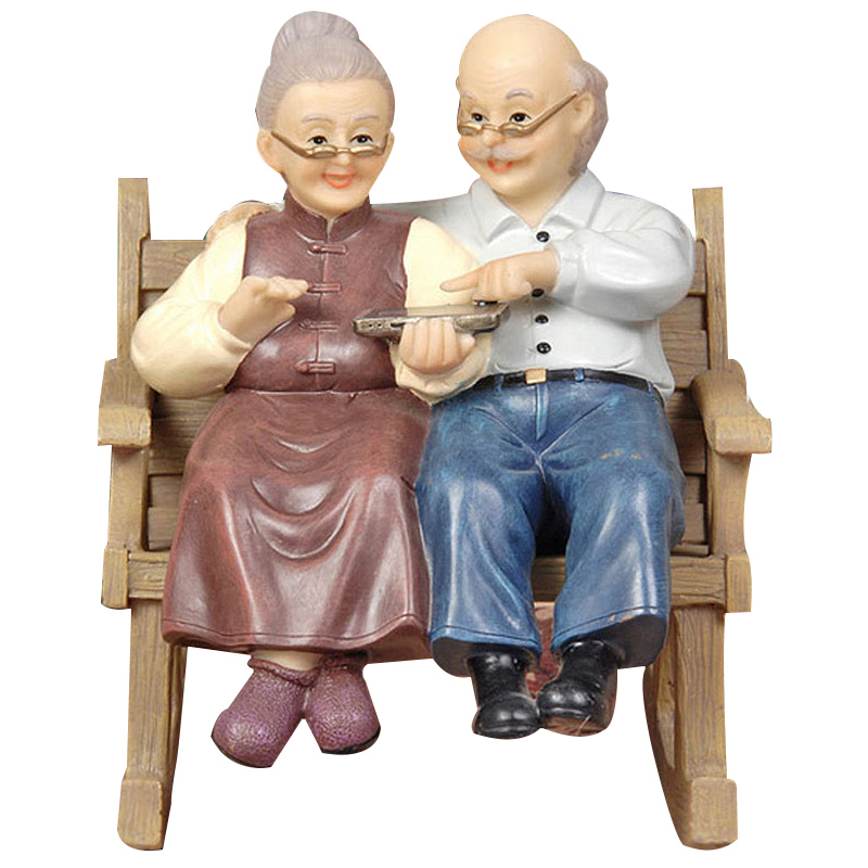 Wedding Gifts Creative Resin Mini Grandparents Chair Ornaments Cartoon Old Parents Desktop Craft Figurine Home Decor Accessories