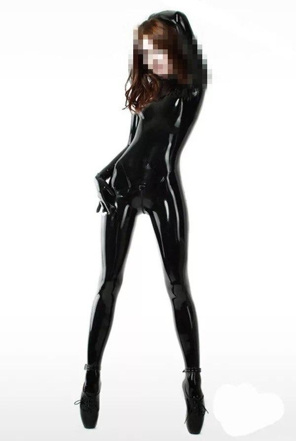 Sexy femme latex catsuit avec des chaussettes et gants amulette latex body entrejambe glissière au dos