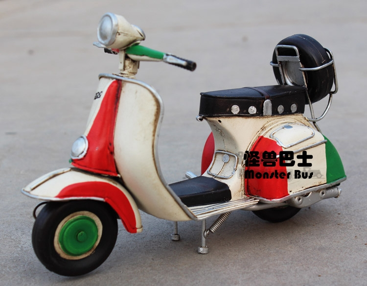 Motorcycle Model Handmade Iron Sheet Model 1:12 Classic VESPA 1955 Mix Color Retro Metal Piaggio Scooter Decoration