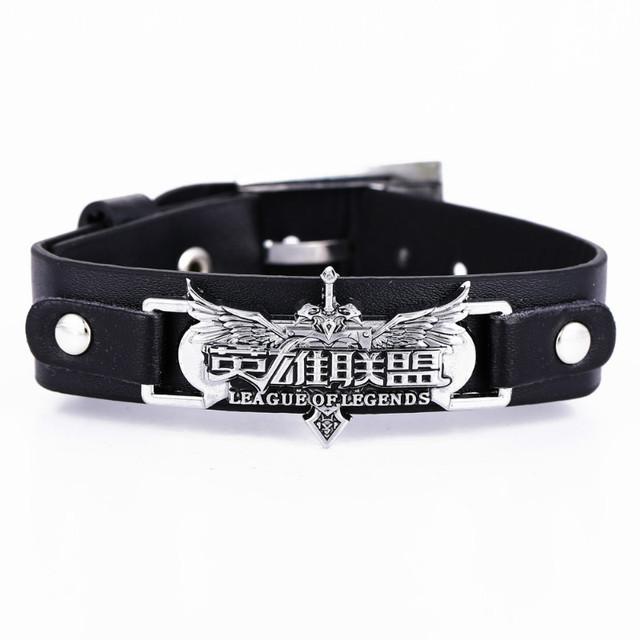 Attack on Titan Naruto Konoha Sharingan Leather Bracelet