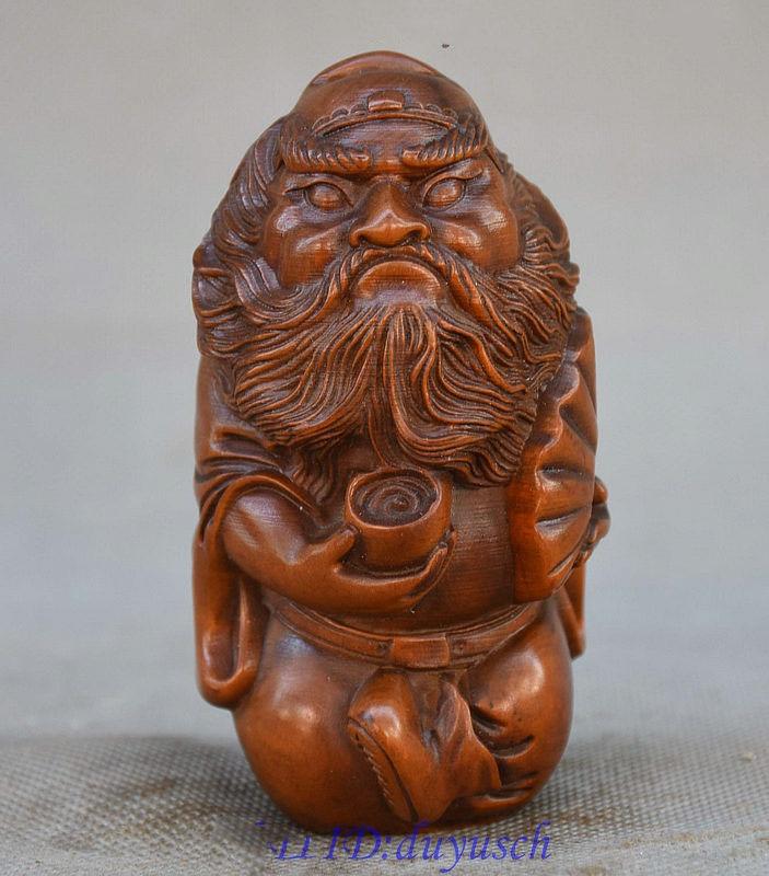 Christmas china taoism boxwood hand carved zhongkui