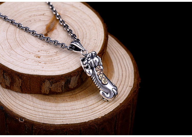 Small axe axe pendant male 925 sterling silver creative personality hipsters domineering pendantSmall axe axe pendant male 925 sterling silver creative personality hipsters domineering pendant