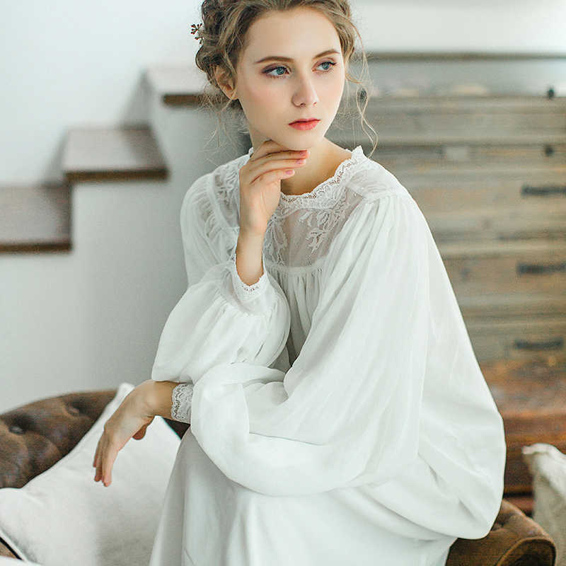 b0d3a249dbe ... 2017 Осенняя Женская хлопковая ночная рубашка с длинными рукавами ретро  дворец белая длинная ночная рубашка Женская ...