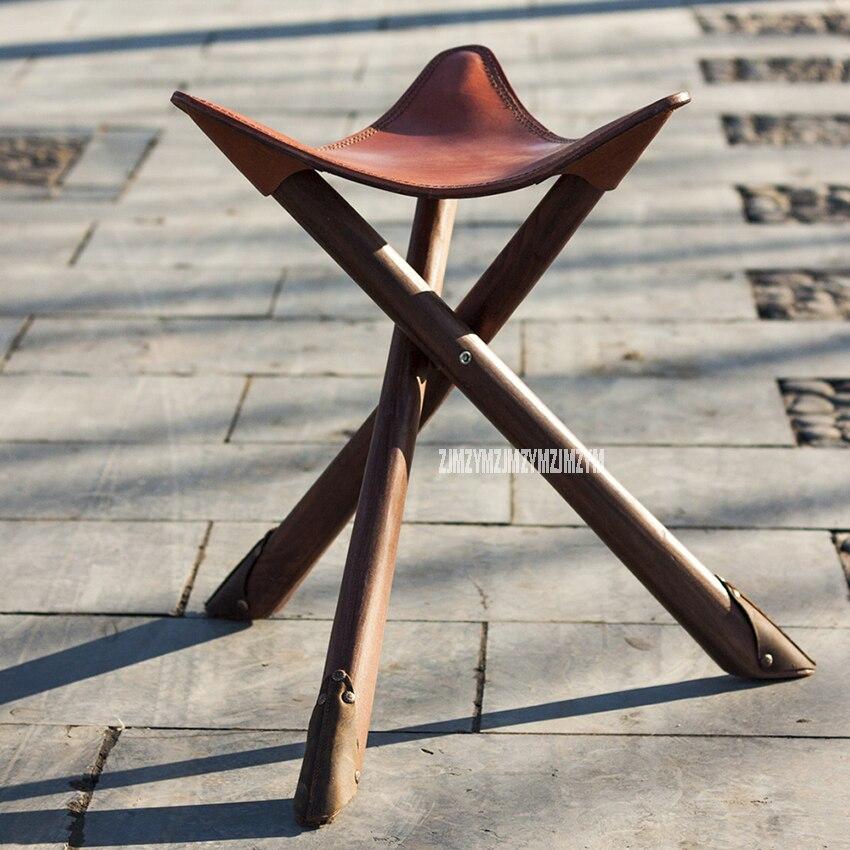 Main Rétro Pliable De Pêche En Bois Chaise Tabouret Portable Vache Triangle 100% Véritable En Cuir Bois En Plein Air Chaise De Plage dans Chaises de plage de Meubles