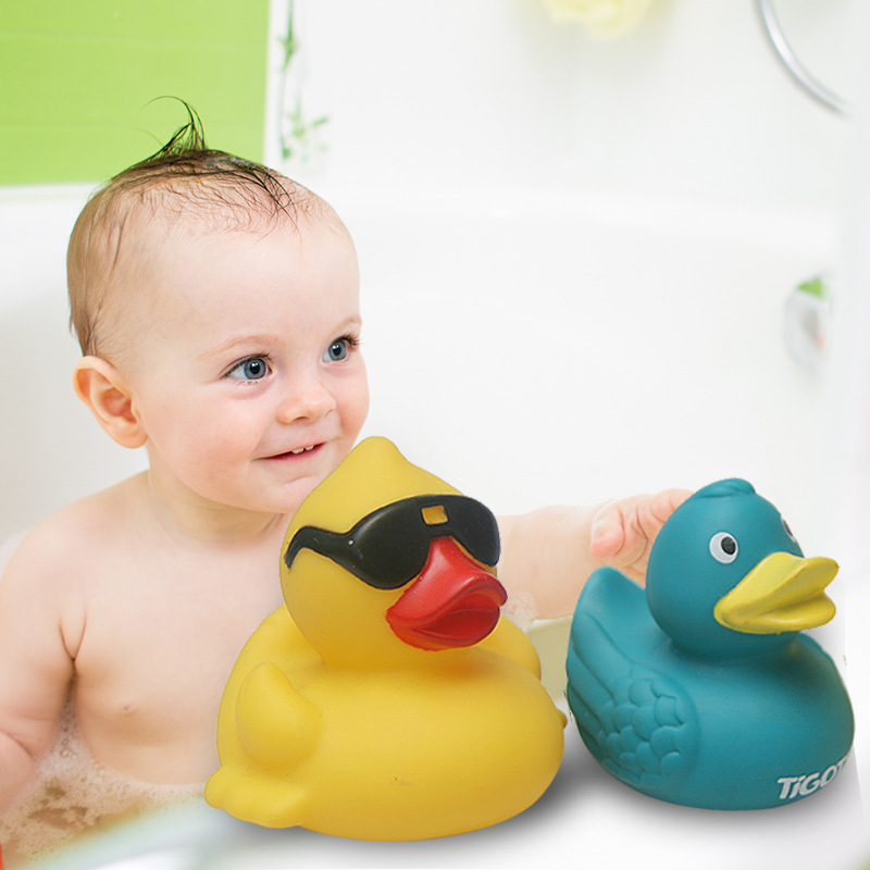 Classic Toy Baby Yellow Duck Bath Toys Squeeze Animal Rubber Toy Cute Duck BB Bathing Play Water Toy Race Squeaky