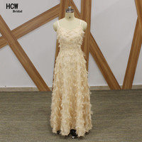 New Arrival 2018 Champagne Feather Long Evening Dress Elegant A Line Spaghetti Strap Sexy Arabic Evening Gown Cheap Women Dress