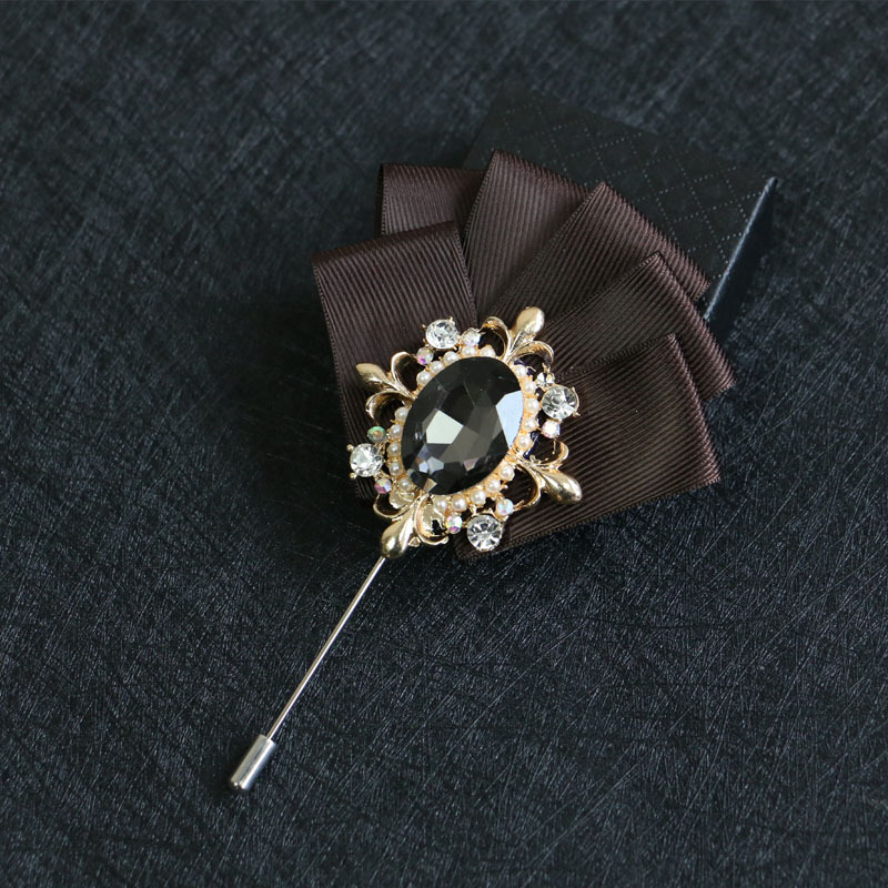 318b66f1048 Mdiger Wholesale Leaf Men Brooches Lapel Flower Pins for Men Collar Brooch  Pin of Wedding Rhinestone Brooch Jewelry ...