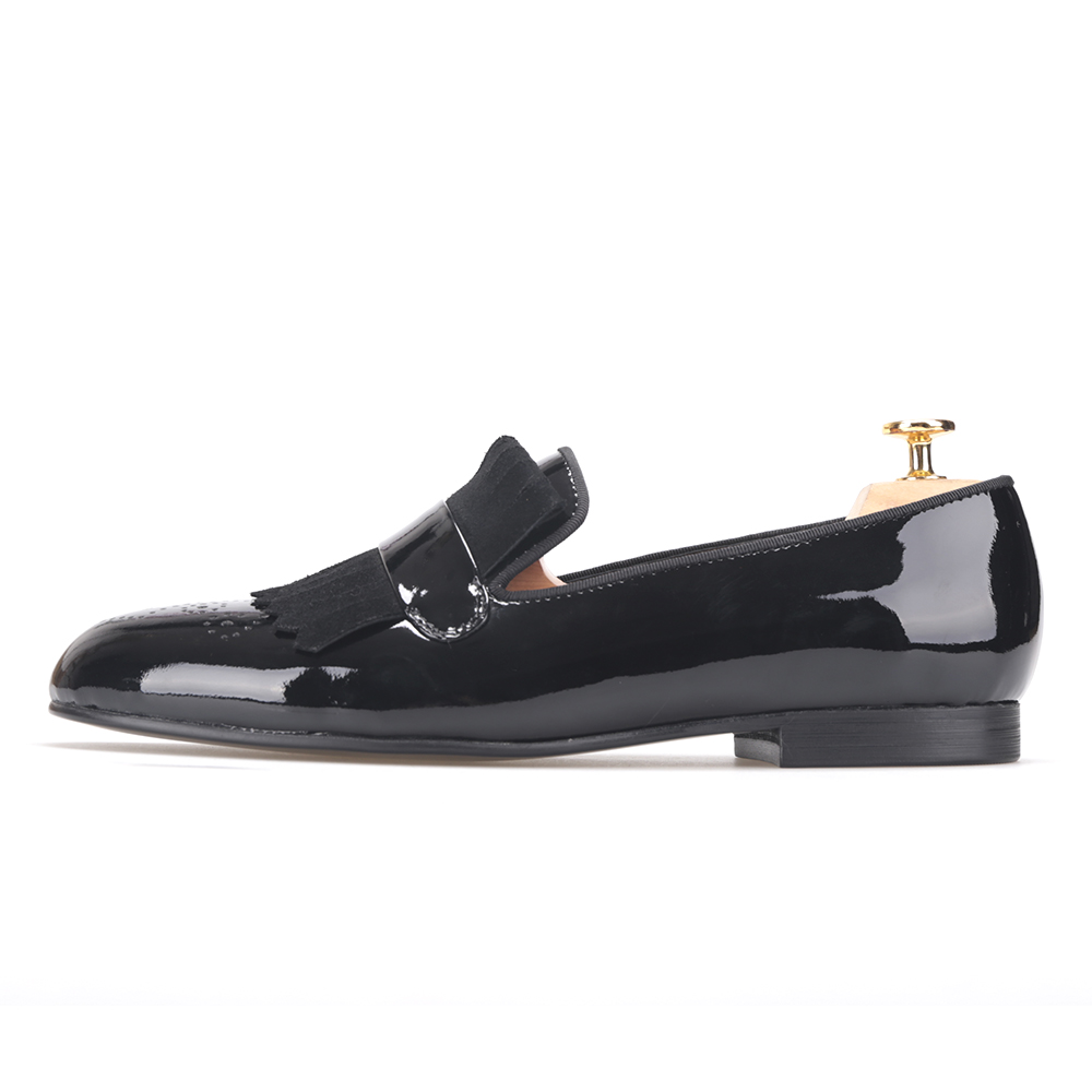 Men Black Patent Leather shoes with Classical Emboss Printing and Suede Fringe Party mens dress shoes stylish men s formal shoes with patent leather and embossing design