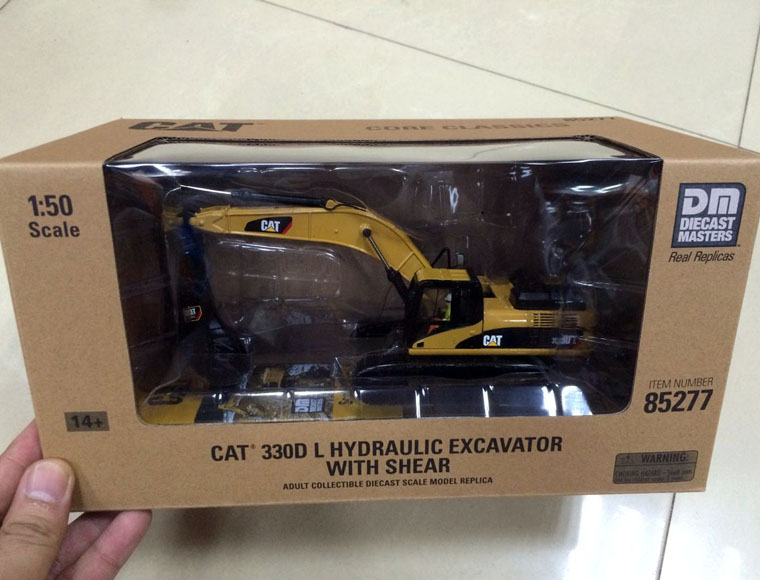 New Packing - Cat 330D L Hydraulic Excavator With Shear 1/50 DieCast 85277 By DM