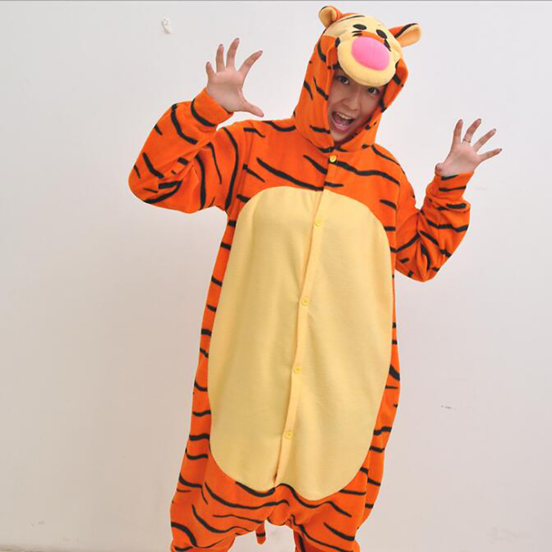 2018 New Fashion Womens Character Tiger Pajamas Full Sleeve Hooded Polyester Pajama Sets Onsie Pajamas Animal