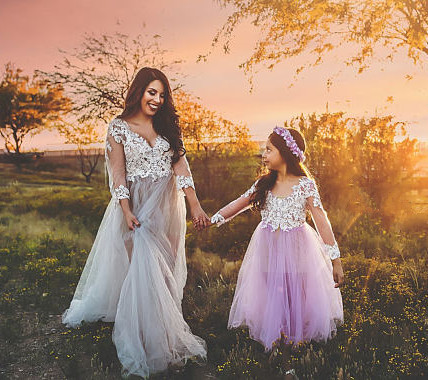 Long sleeves lilac purple mother and daughter dresses laces long tulle little princess girl birthday celebration party gown purple lace details long sleeves low waisted lingerie sets