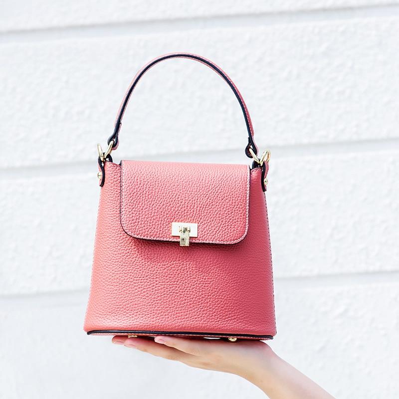 купить 2018 High Quality Togo Genuine Leather Women's Shoulder Bag small Vintage Cross-body Bucket Bag Female Fashion Handbag Strap недорого