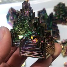 Beautiful Mineral Specimen Rainbow Bismuth Specimen Crystal Ore Healing Mineral Natural Crystal Rough Bismuth Ore Green Metal D3(China)