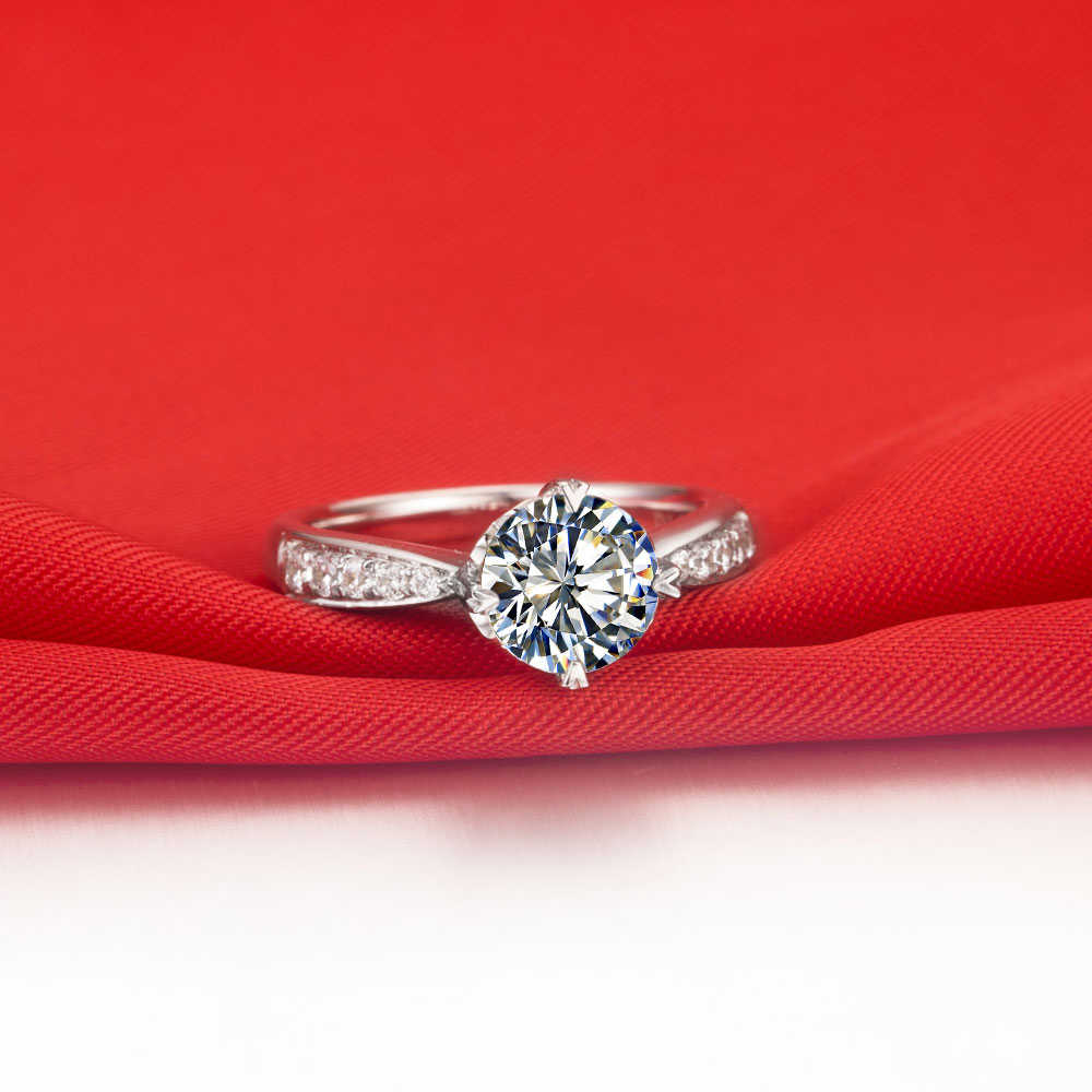 ทดสอบบวกได้รับการรับรอง 1CT Moissanite แหวนเพชรสำหรับผู้หญิง Clarity VVS1 รักสัญญาเครื่องประดับสำหรับสาว