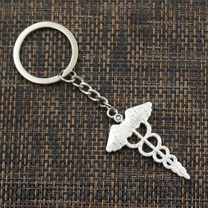 Moda 30mm Chave Anel Chave Chaveiro Chaveiro de Metal Jóias Antique Bronze Banhado A Prata caduceu símbolo da medicina 49x30mm Pingente