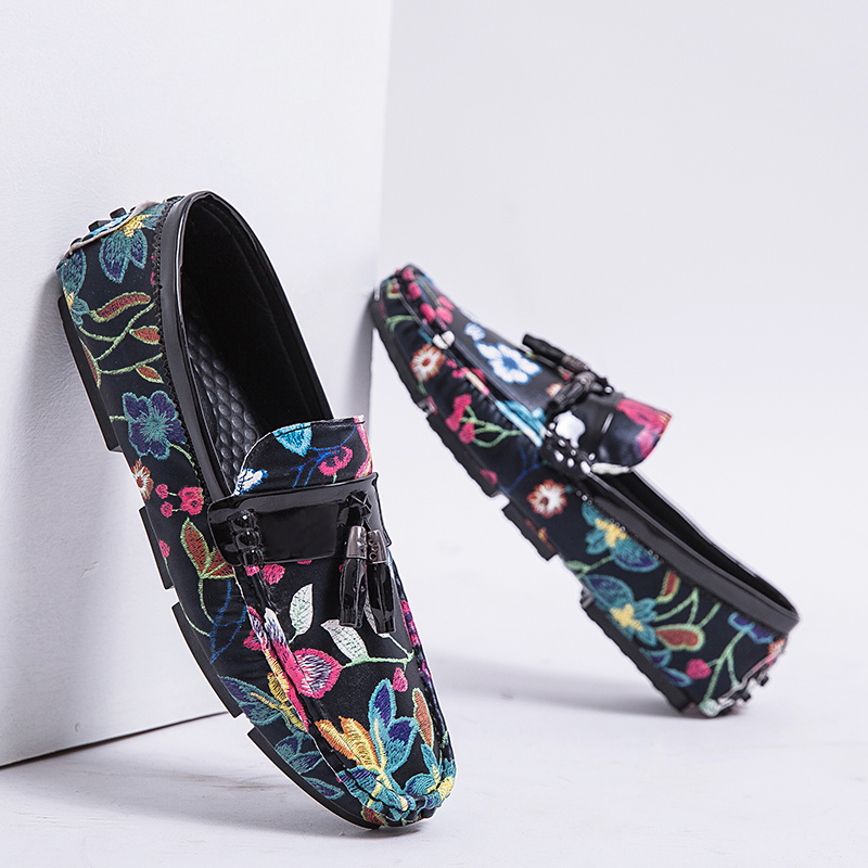 2019 Casual Shoes For Men Summer Flower Shoes Fashionable Floral Black Loafers Men Luxury Big Size 13 Casual Drive Loafers Men