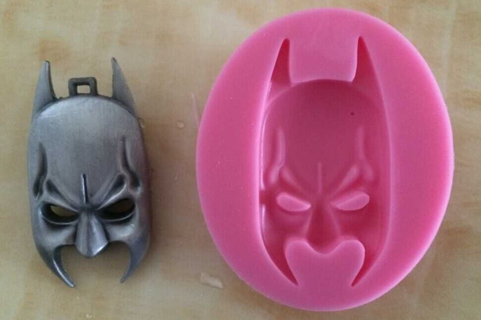 3D Classic Characters Silicone Cake Decorating Molds DIY Children's Favorites Cake Decorating Tools Fondant Tools FM351