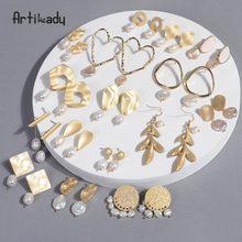 69b93eca55ab Pendientes coreanos de Artilady pendientes de perlas barrocas para mujeres  para niñas pendientes colgantes de oro regalos de cum.