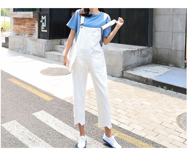 Stylish suspender jeans. College style, casual denim pants. (9)