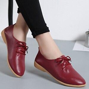 Oryginalne skórzane buty stałe kobiety mieszkania letnie mokasyny damskie obuwie wygodne baleriny zasznurować mokasyny rozmiar 35-44