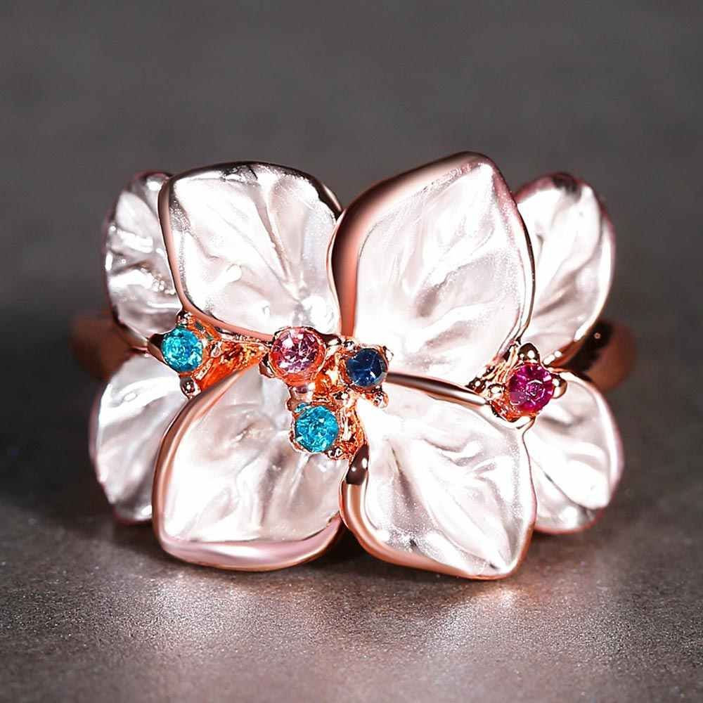 Dovolov ดอกไม้ CZ Cubic Zirconia แหวนแฟชั่นเครื่องประดับสุภาพสตรีของขวัญรูป Daisy แหวน D3
