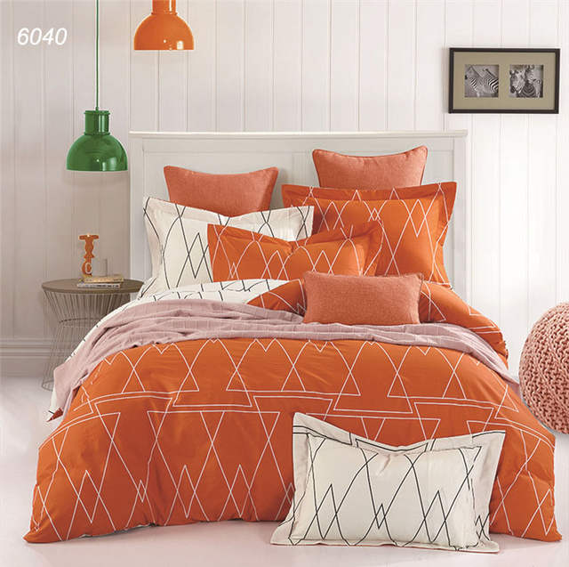 Orange White Geometric Drawing Bedclothes 4pcs Bedding Set Queen King Size Bed Sets Morden Warm Color Linens New Fashion B6040