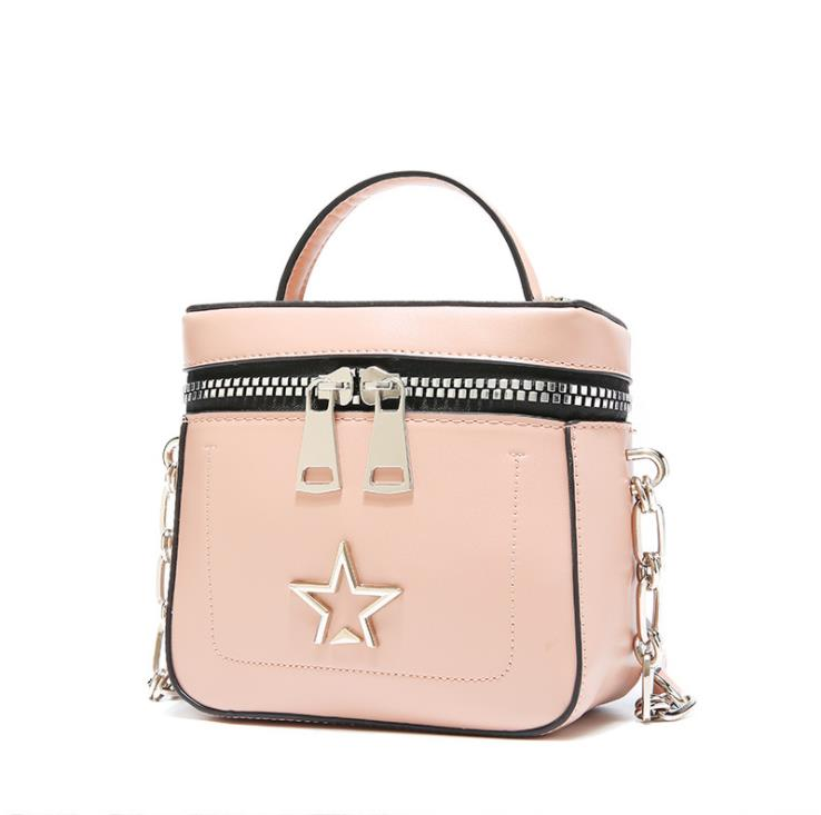 Hot selling handbag designer 2018 summer new style European and American style with single shoulder bag rivet pure color chain
