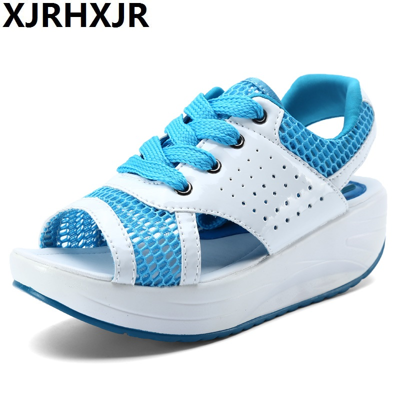 цены Summer Air Mesh Women Sandals Fashion 3 Colors Open Toe Lace Up Wedge Swing Shoes Height Increasing Platform Sandals Size 35-40