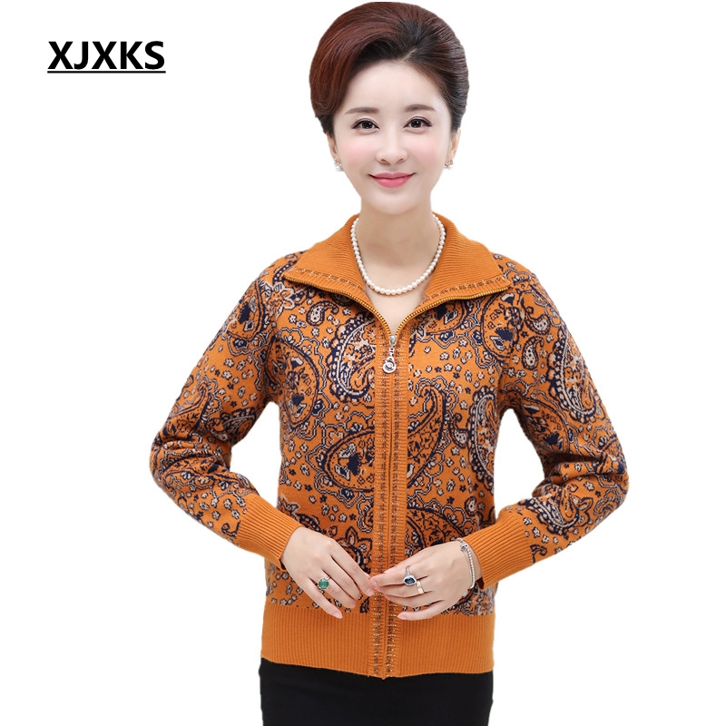 XJXKS Middle Aged Women Sweaters Mother Fitted Autumn And Winter Large Size Sweater Cardigan Elderly Thick