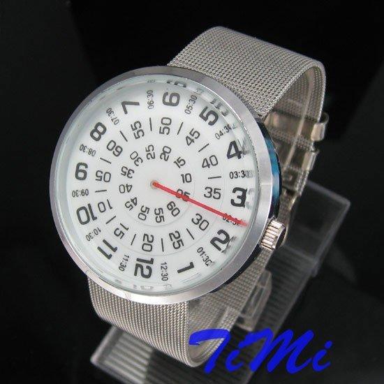 Notícias MENS três círculo de quartzo inoxidável relógio de pulso