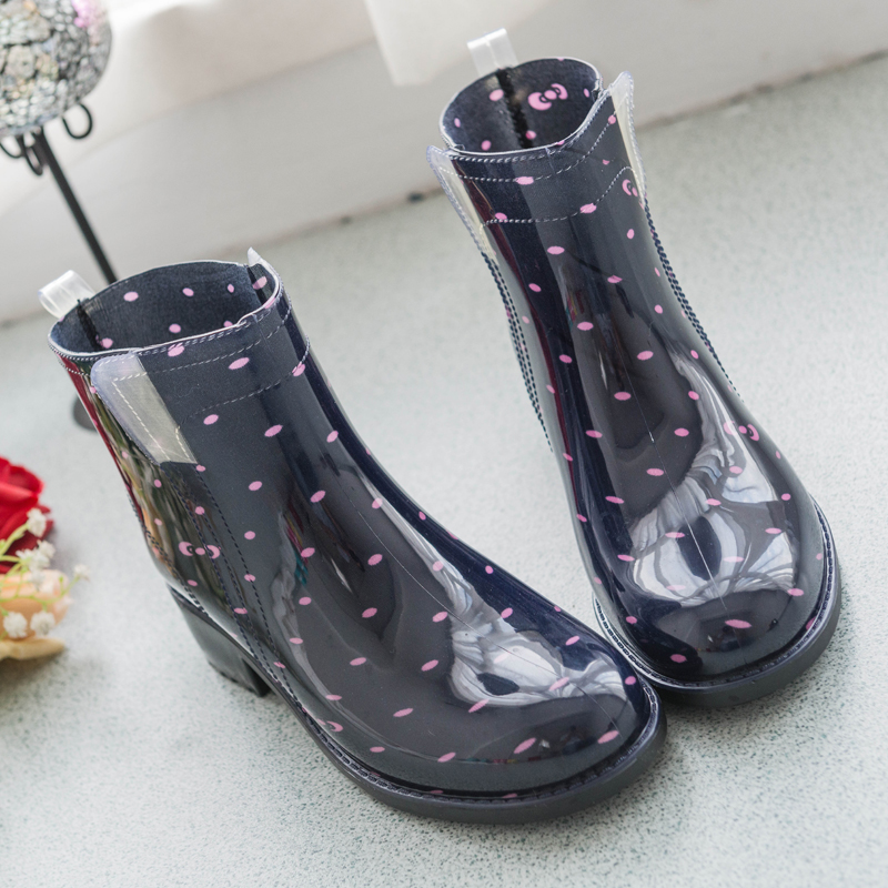 Cheap female autumn and winter fashion ankle Martin raining rubber boots waterproof non-slip Jelly Polka Dot image