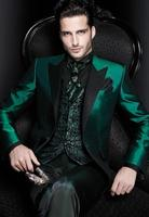 2019 New Men's suit 3 Piece Fashion Green Tuxedos groomsman for Party (Blazers +Vest+ Pant )