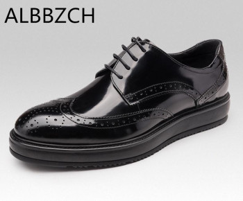 Height increase genuine leather men shoes casual fashion cariving patent leather men's office work shoes man black wedding shoes