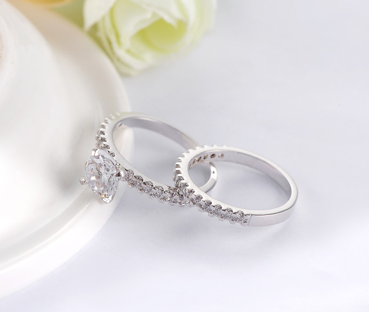 67367e6b64d19 2018 Wedding Crystal Silver Color with AAA Zirconia 2pcs Set Women Rings  Fine Jewelry CRI0111-B D