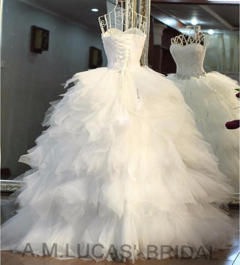 Luxury Ball Gown Wedding Dresses Tiered Ruffles Feathers Bridal ...