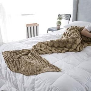 Image 5 - ハンドメイドニット人魚の尾毛布大人/子供かぎ針ニットキャンディーカラーの魚のthrowベッドラップソファ足掛け布団睡眠バッグ