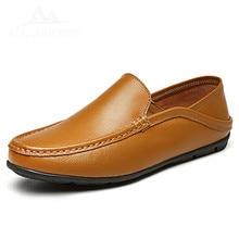 Italian Casual Men Loafers Shoes Luxury Design Sneakers Leather Genuine Slip On Boat Shoes Men Summer Spring Male Footwear 2018