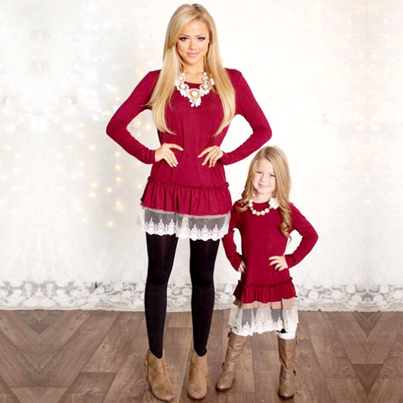 Mommy And Me Fashion Dresses Family Look Mother Daughter Dresses Lace Patchwork Red Solid Long Sleeves Family Matching Clothes