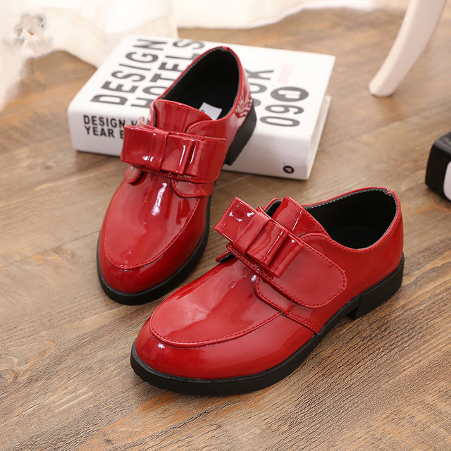 2017 Girls Shoes With Bow Children Boys Student Shoe Kids Performance Patent Leather Shoes Waterproof Fashion Single Shoes
