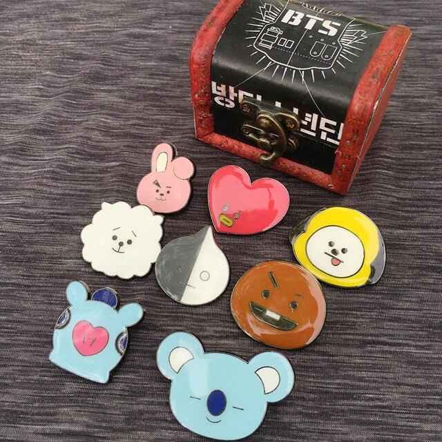 Брошки к-поп в ассортименте BTS 21 в подарочной коробке