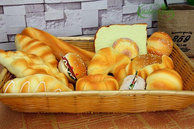 Simulerat bröd Kaka modell Mat rekvisita Skåp dekorera Bageriprov Barngard lekhus leksaker Holiday present