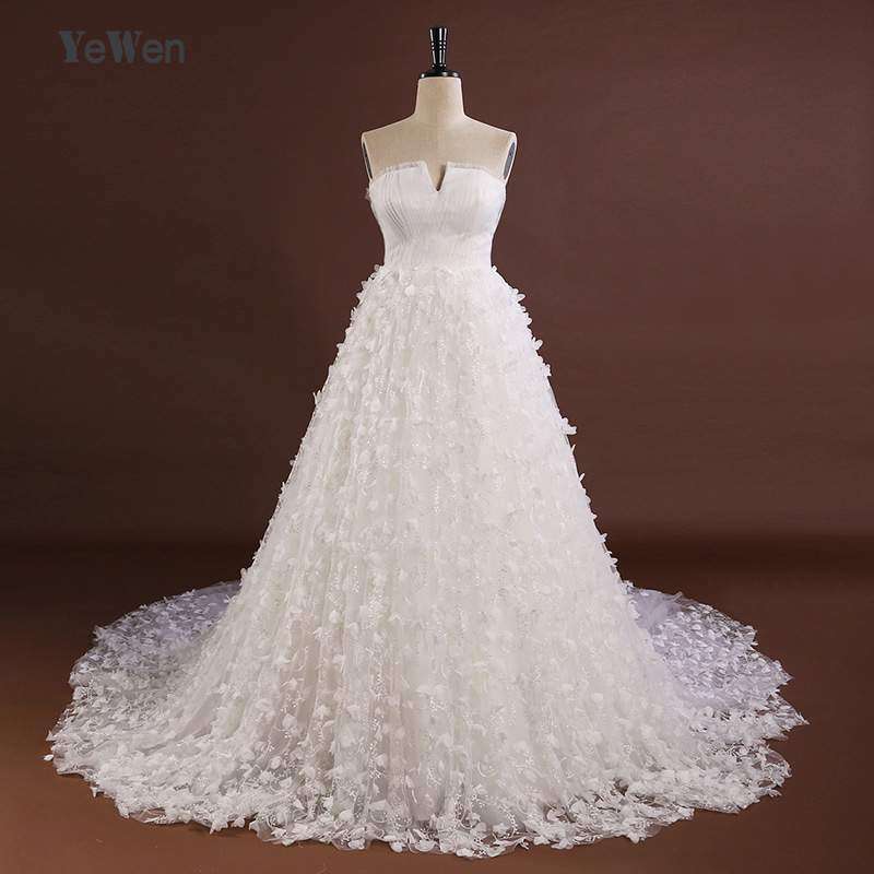 New Listing Tulle A Line Wedding Dress Strapless Bridal