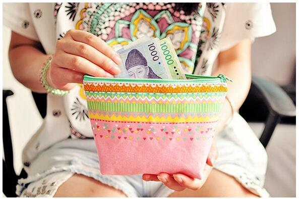 1pcs/lot The Times Series Large Capacity  Striped Colorful Cosmetic Bag Make Up Case Kawaii Multifunction Bags Nice Gifts