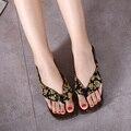 2015 Nuevo Verano de La Manera De Madera Zuecos Geta Japonesa Señora de Las Mujeres Sandalias Flip Flop Comodidad Paulownia Madera