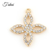 69f46a843919 10 piezas cuatro trébol de la suerte de la flor encantos colgante para las  mujeres collar de la joyería de plata de oro de crist.