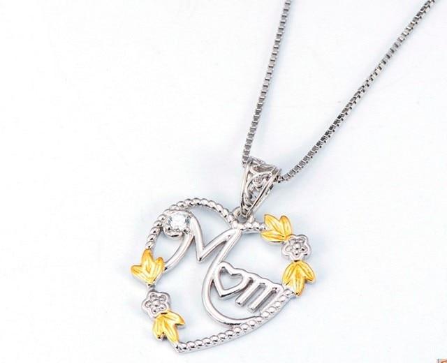Фото женское длинное ожерелье чокер с подвеской в виде сердца
