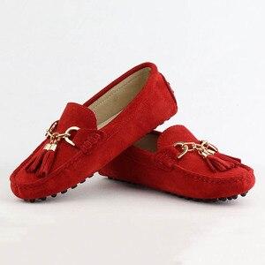 Image 4 - 2020 نساء موضة جلد طبيعي حذاء مسطح اليدوية الأخفاف سيدة أحذية جلدية بدون كعب أحذية قيادة عادية النساء أحذية مسطحة