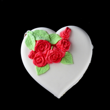 Love Heart with Rose Design Silicone Mousse Mold Ice Cream Cake Chocolate Gelato Tools Romantic Valentine Handmade Soap Mould