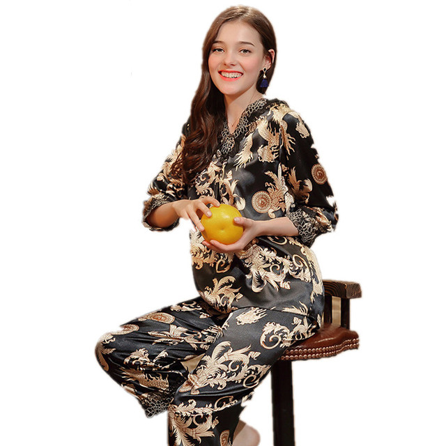 New Satin Silk Pajamas Set ladies Luxury Chinese Dragon Pattern Two Piece  Pyjamas Set Women Home Clothes Suits Nightwear 8e15adf00